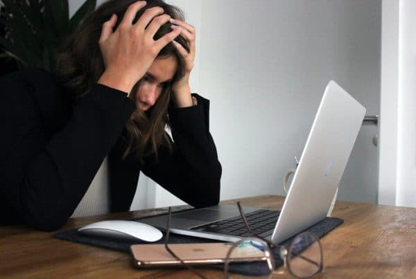 woman frustrated at computer